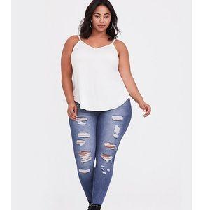 Torrid Bombshell Skinny Distressed Jeans Size 26S